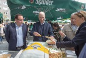 Essen - Altenessen - 150 Jahre Stauder in Eberhard Kühnles Biergarten Altenessen  (170506-stauder-150-jahre-125.jpg)