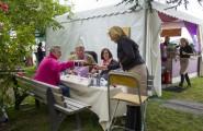 Essen Kettwig - Zweites Seerosenfest - Stausee - Uferpalais (130712-seerosenfest-019.jpg)