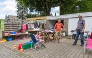 Essen Kettwig - Stoppelfeldfest 2015 - Luisa (6) mit privatem Flohmarkt Ecke Landsberger Straße / Volckmarstraße (150829-luisas-flohmarkt-002.jpg)